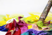 Kwast en acrylpincel y acrílicos — Stockfoto