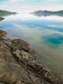 Lake Laberge, Yukon T, Canada, on calm summer day — Stock Photo