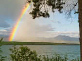 Rainbow over Lake Laberge, Yukon T, Canada — Stock Photo