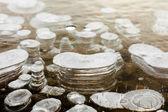 Jasné led s vrstvami vzduchové bubliny — Stock fotografie