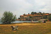 On the island of Sveti Stefan in Montenegro — Stock Photo