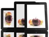 Apfel auf dem bildschirm auf tablet pc 3d — Stockfoto
