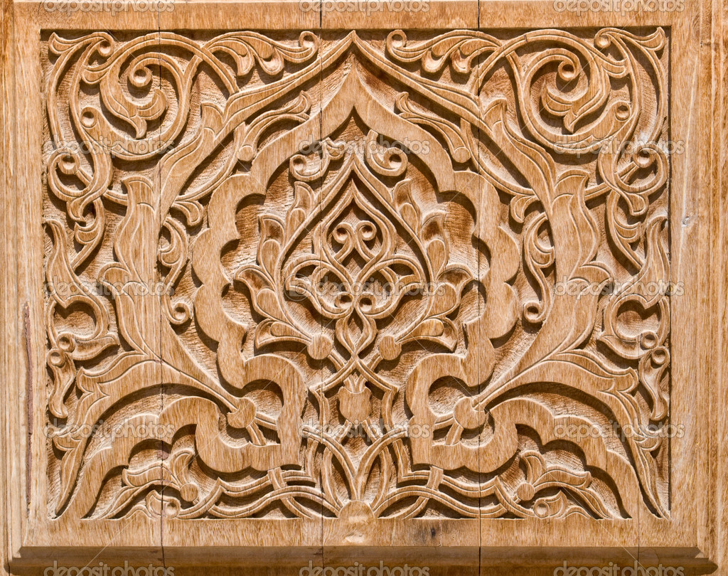 Art of wood carving — stock photo