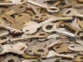 Mnoho starých klíčů. — Stock fotografie