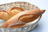Bread in basket — Stockfoto