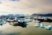 Jokulsarlon lagoon - Iceland. Beauty sunset. — Stock Photo