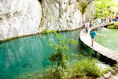 Plitvicka sjö, trä sökväg. kroatien — Stockfoto