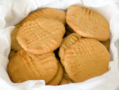 Basket of peanut butter cookies — Stock Photo