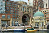 Water taxis inside historic rowes wharf in boston massachusetts — Stock Photo