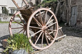 Wooden handcart. — Stock Photo