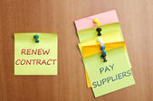 Post it with Renew Contract — Stock Photo