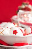 Ostern tabelleneinstellung — Stockfoto