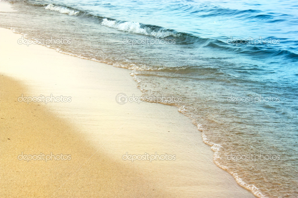 ocean waves sunglasses  waves background with