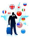 Voyageur d'affaires avec boutons de sworld carte et internet de drapeau — Vecteur