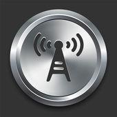 Icono de la torre de radio en metal botón internet — Vector de stock