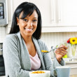 Woman having breakfast — Foto de stock #6651296