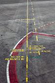 Havaalanı park pozisyonu hattı — Stok fotoğraf