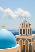 Gamla kyrkan kupoler i santorini — Stockfoto