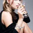 Martini and woman — Stockfoto