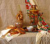 Still life with russian traditional samovar — Stock Photo