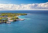 Beach of Isla Roatan in Honduras — Stock Photo