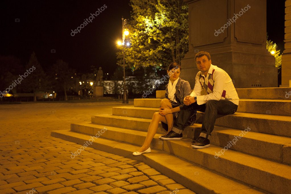 Young couple on the streets of Prague nightlife — Stock Photo #6006646
