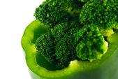 Pimiento y brócoli aislado en blanco — Foto de Stock