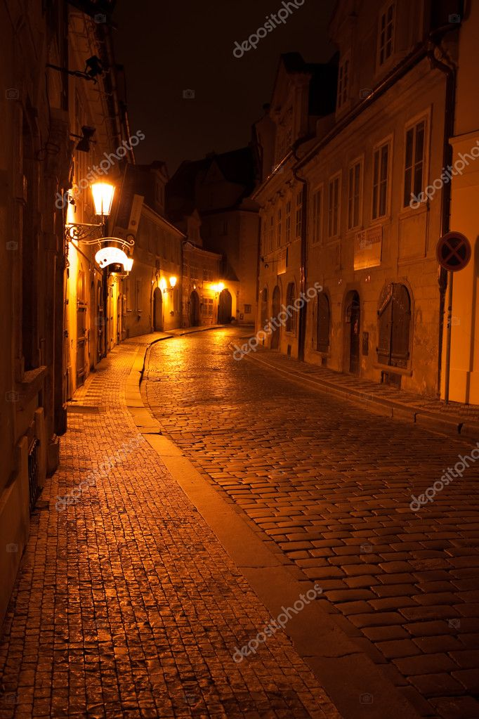 A beautiful night view of the street in Prague — Stock Photo #6116819