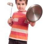 mały chłopiec grać rycerza z kuchenne — Zdjęcie stockowe