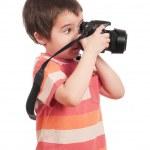 mały chłopiec fotograf z lustrzanka — Zdjęcie stockowe