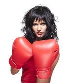 拳击战斗机女人在防御位置 — 图库照片