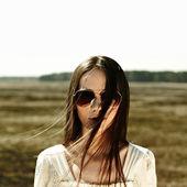 ブルネットの少女 — ストック写真