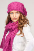 Beautiful woman in winter hat — Stock Photo