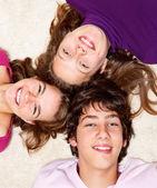 陽気な十代の友人 — ストック写真