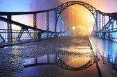 Krásný výhled na staré město most v noci — Stock fotografie
