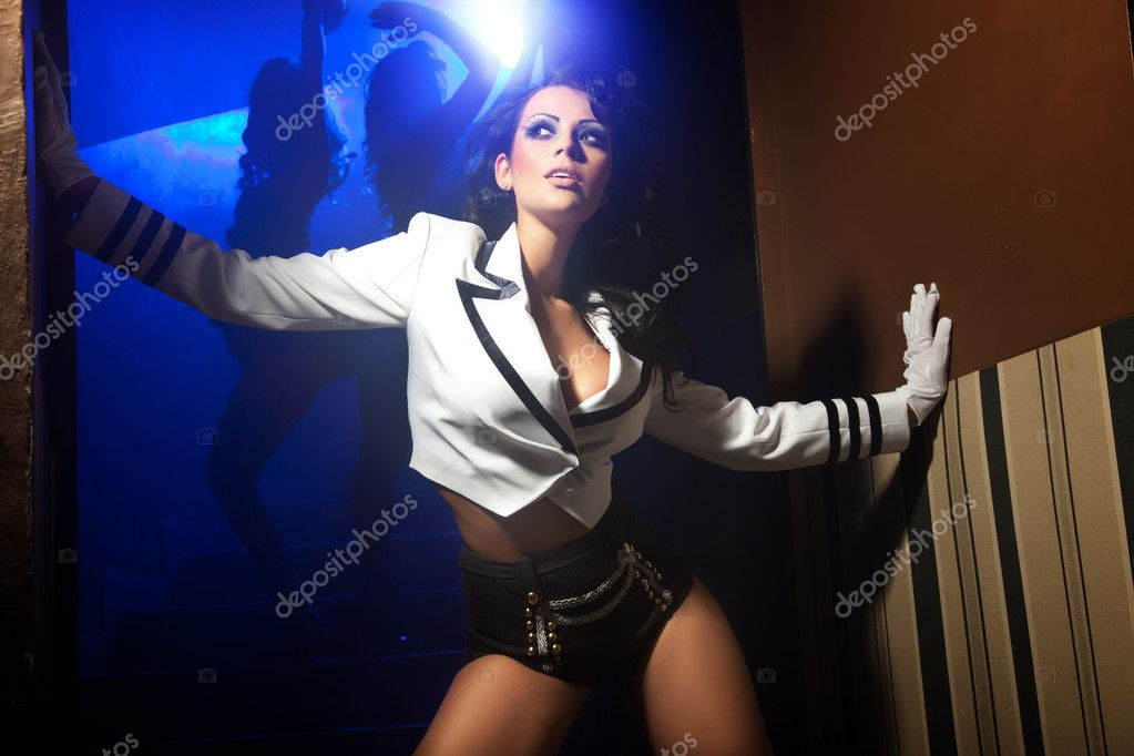Sexy woman posing at night — Stock Photo #5827355