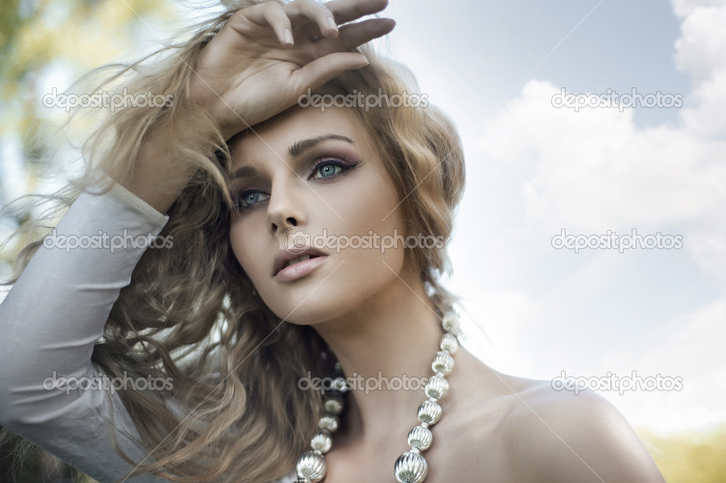 Portrait of a young blond beauty  Stockfoto #6018872