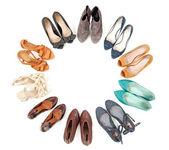 Vele paren van schoenen in cirkel — Stockfoto