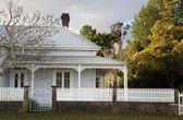 Historic house in Coromandel — Stock Photo