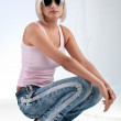 Blonde woman wearing sunglasses — Stock Photo #5447151