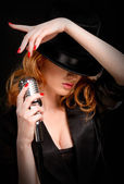 Redhead singer — Stock Photo