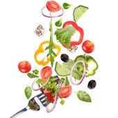 Fallande färska grönsaker — Stockfoto