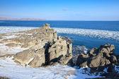 Felsige küste im winter — Stockfoto