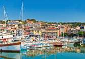 The seaside town of Cassis in the French Riviera — Stock Photo