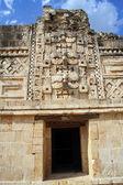 Door of temple — Stockfoto
