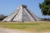 Pyramid Kukulkan — Stock Photo