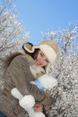 Winter and woman — Stock Photo