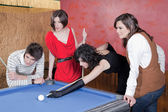 Playing pool — Stock fotografie