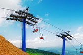 Skilift at ski resort in summer season — Stock Photo
