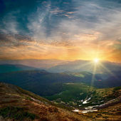 Majestic mountain sunset — Stock Photo